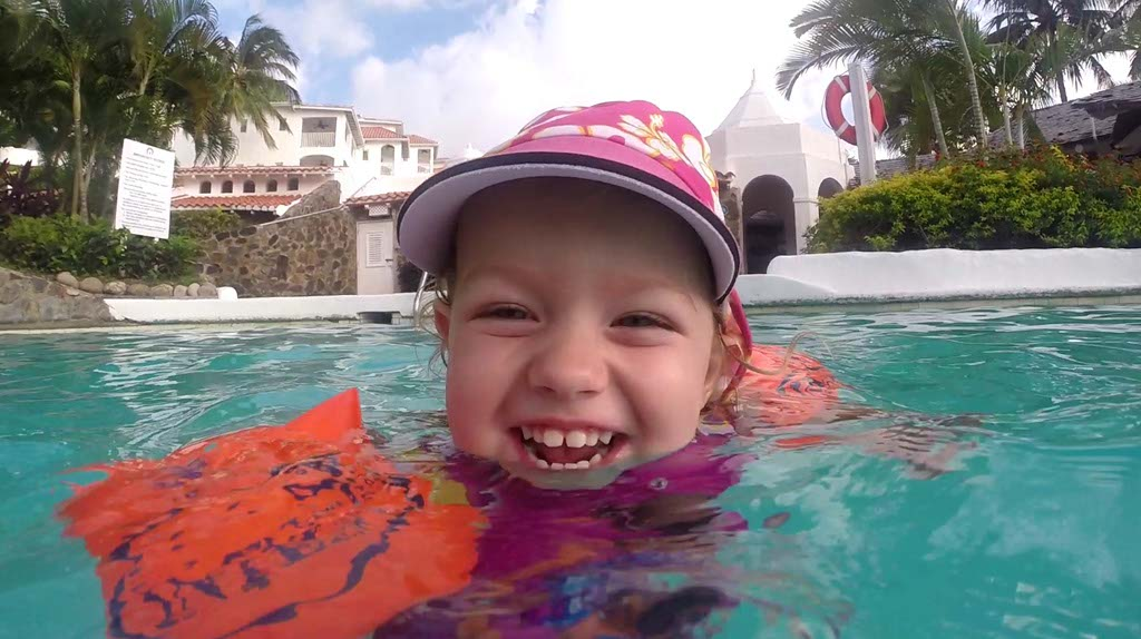 Athena in the Pool at Windjammer